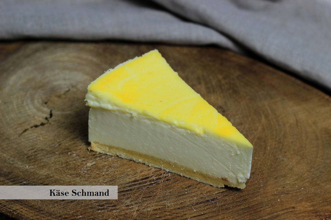 Käse Schmand beschriftet